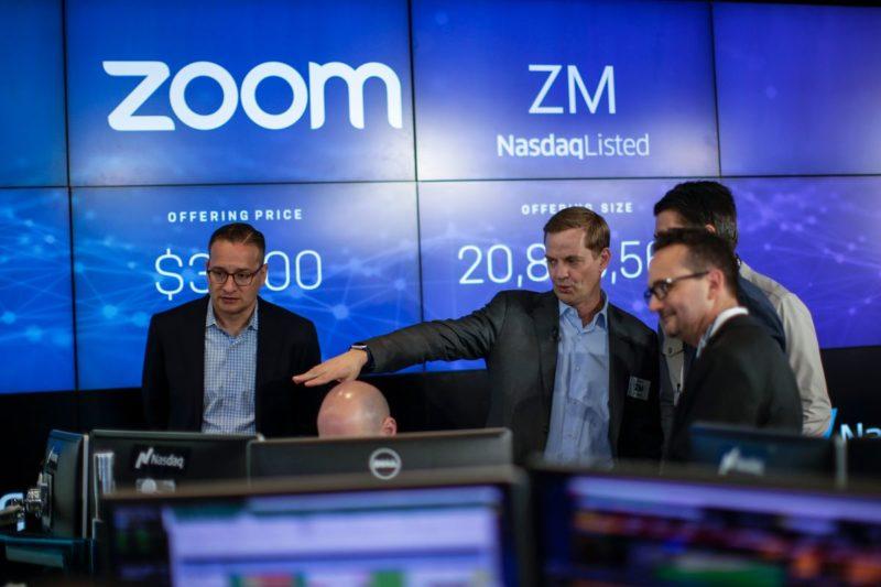 La gente compró las acciones de Zoom incorrectas, subió un 900%